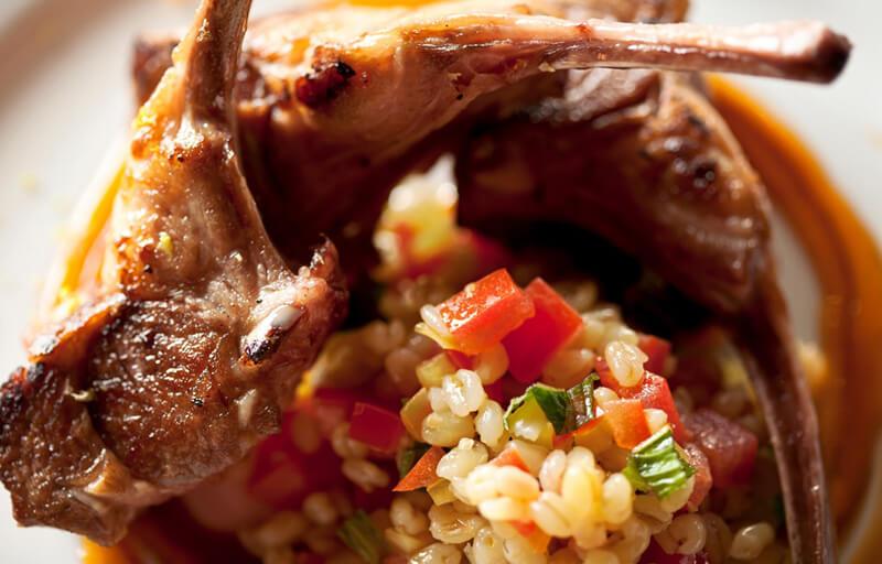 chuleta de cordeiro - Chuleta de Cordeiro e Trigo Sarraceno