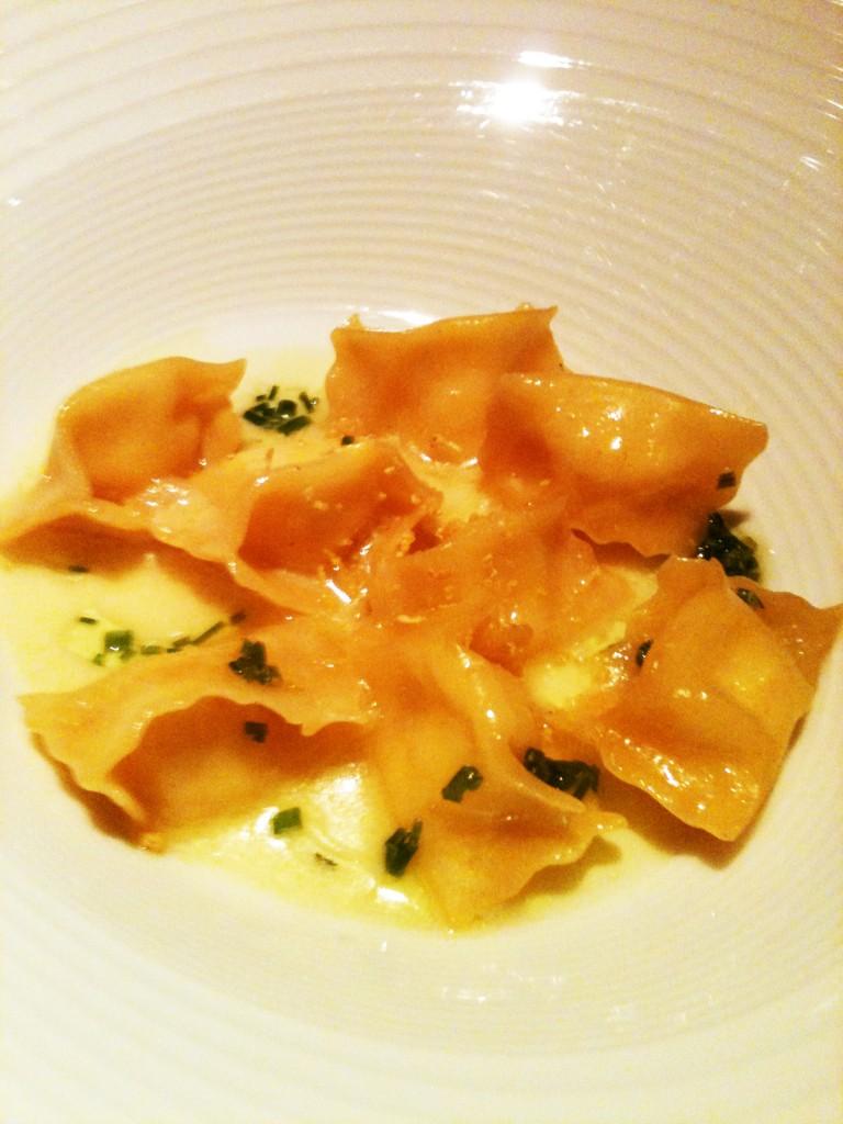 Ravioli de vieiras ao beurre blanc 768x1024 - Canvas Bar & Restaurante - Hilton Morumbi