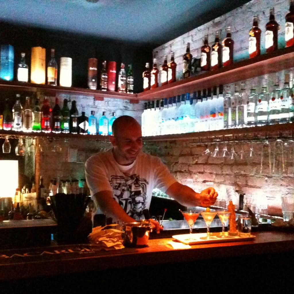 Pablo Moya NOH Bar 1024x1024 - NOH Bar