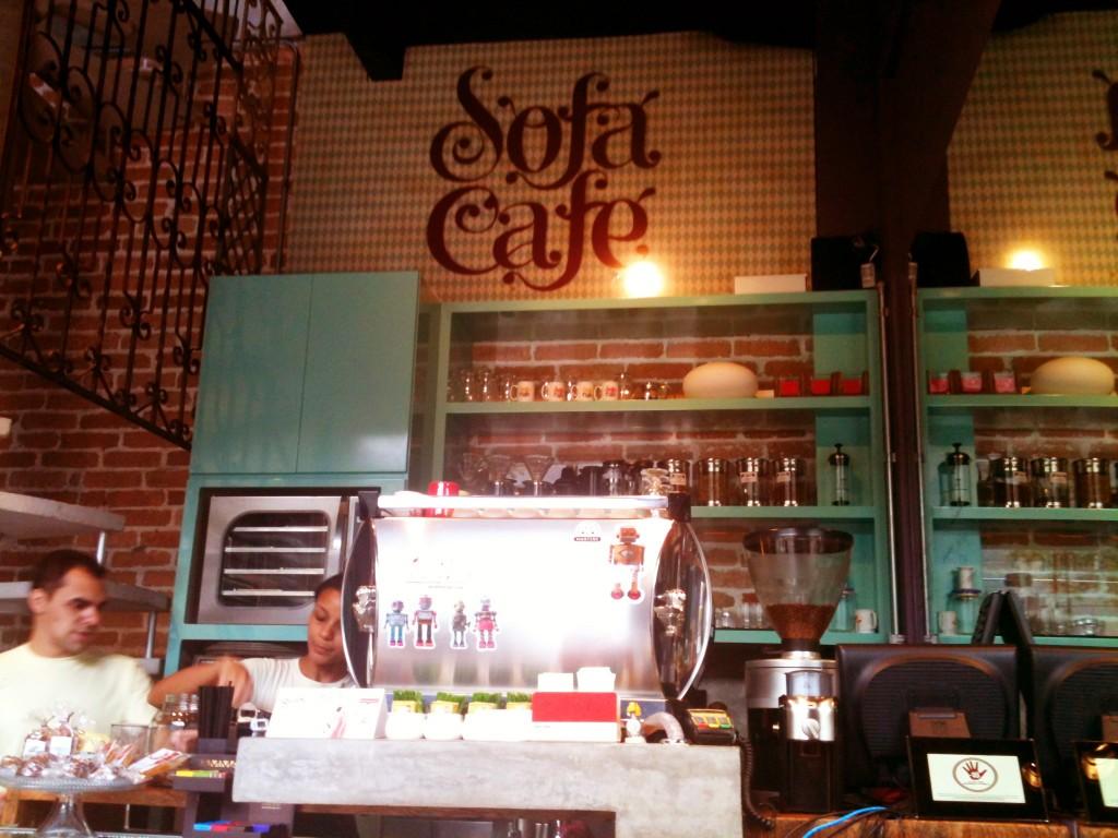 Sofá Café 1 1024x768 - Cafeteria Sofá Café