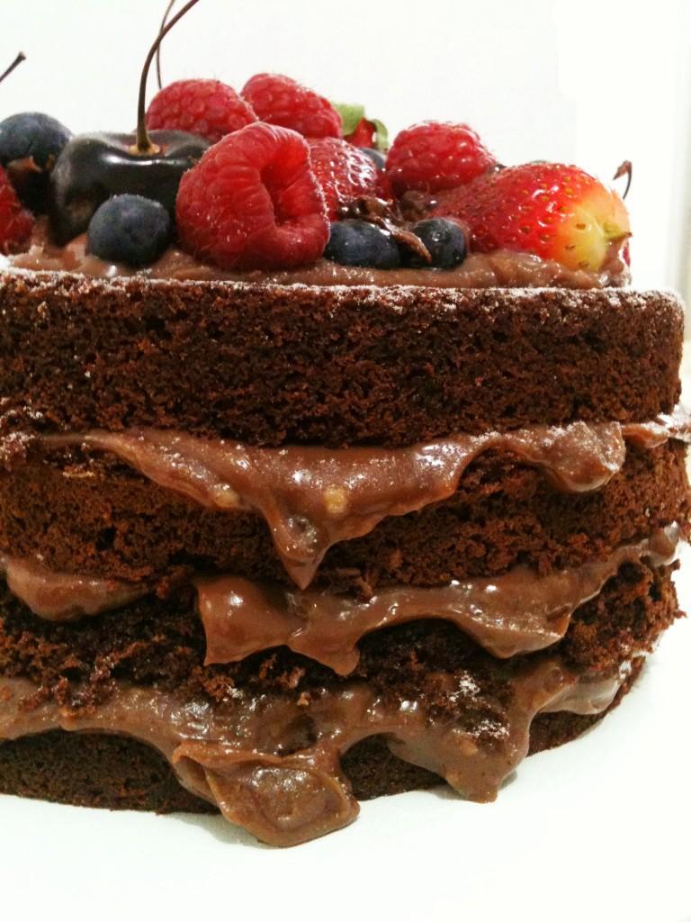 5 Bolo de Chocolate Andrea Schwarz 768x1024 - Naked Cake Brigadeiro