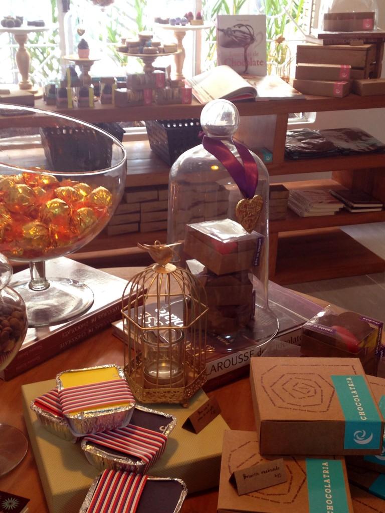 C foto 3 1 768x1024 - Chocolatria Escola e Loja de Chocolates