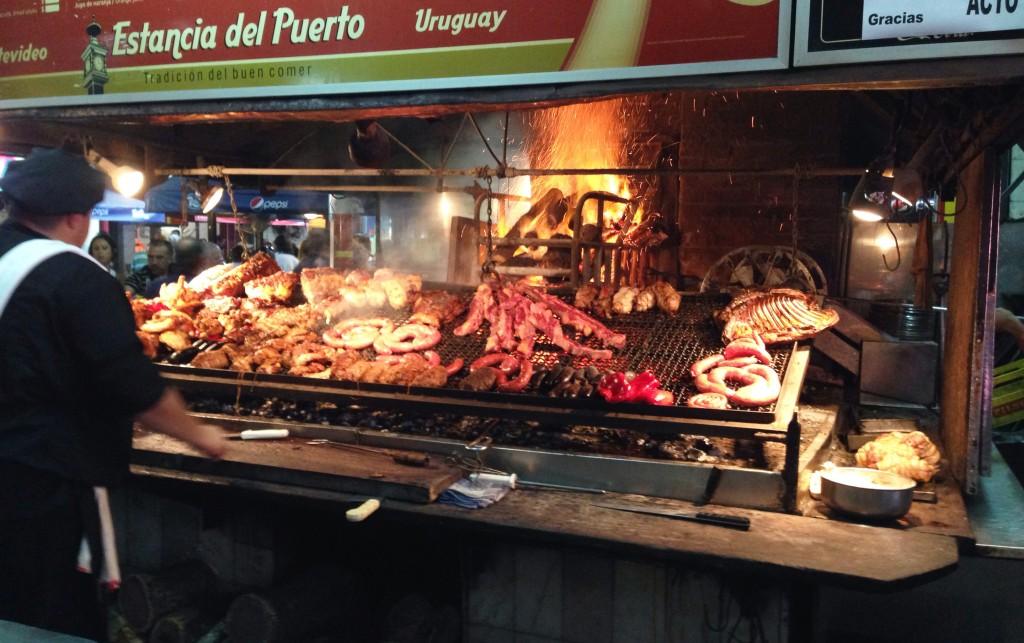 Parrila foto Cuecas na Cozinha 1024x643 - Dicas do que comer em Montevidéu