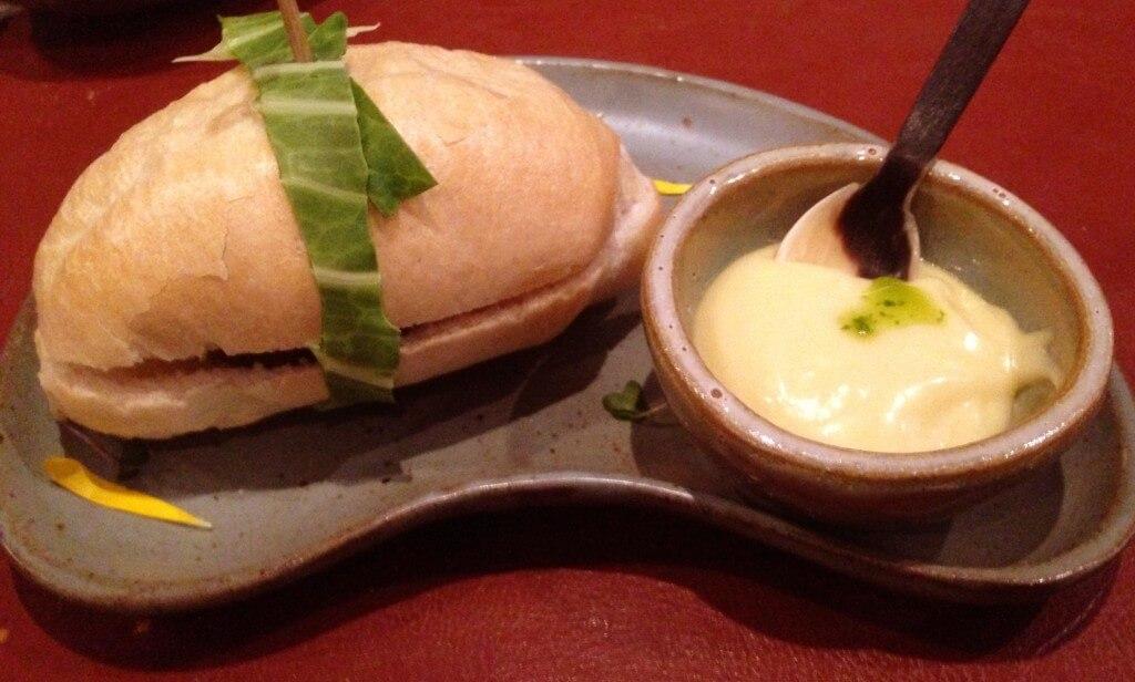 Brasil a Gosto Pão com Bolinho e maionese caseira foto Cuecas na Cozinha 1024x616 - Restaurante Brasil a Gosto da chef Ana Luiza Trajano