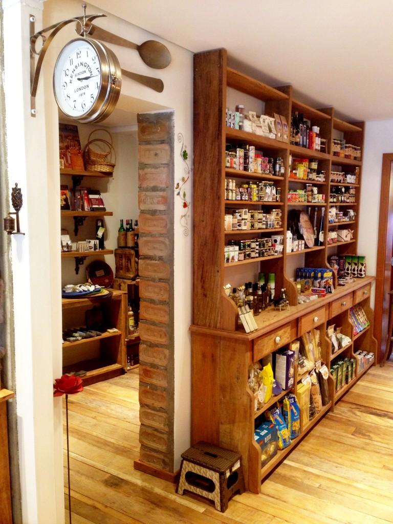 Sole espaço foto Cuecas na Cozinha 768x1024 - Sole Comidas Artesanais e Empório