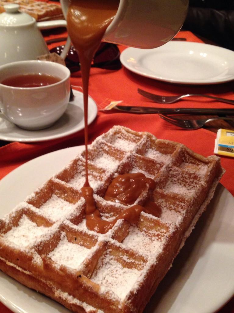 L´Auberge Waffles2 768x1024 - 10 lugares imperdíveis para comer doces em sua próxima viagem