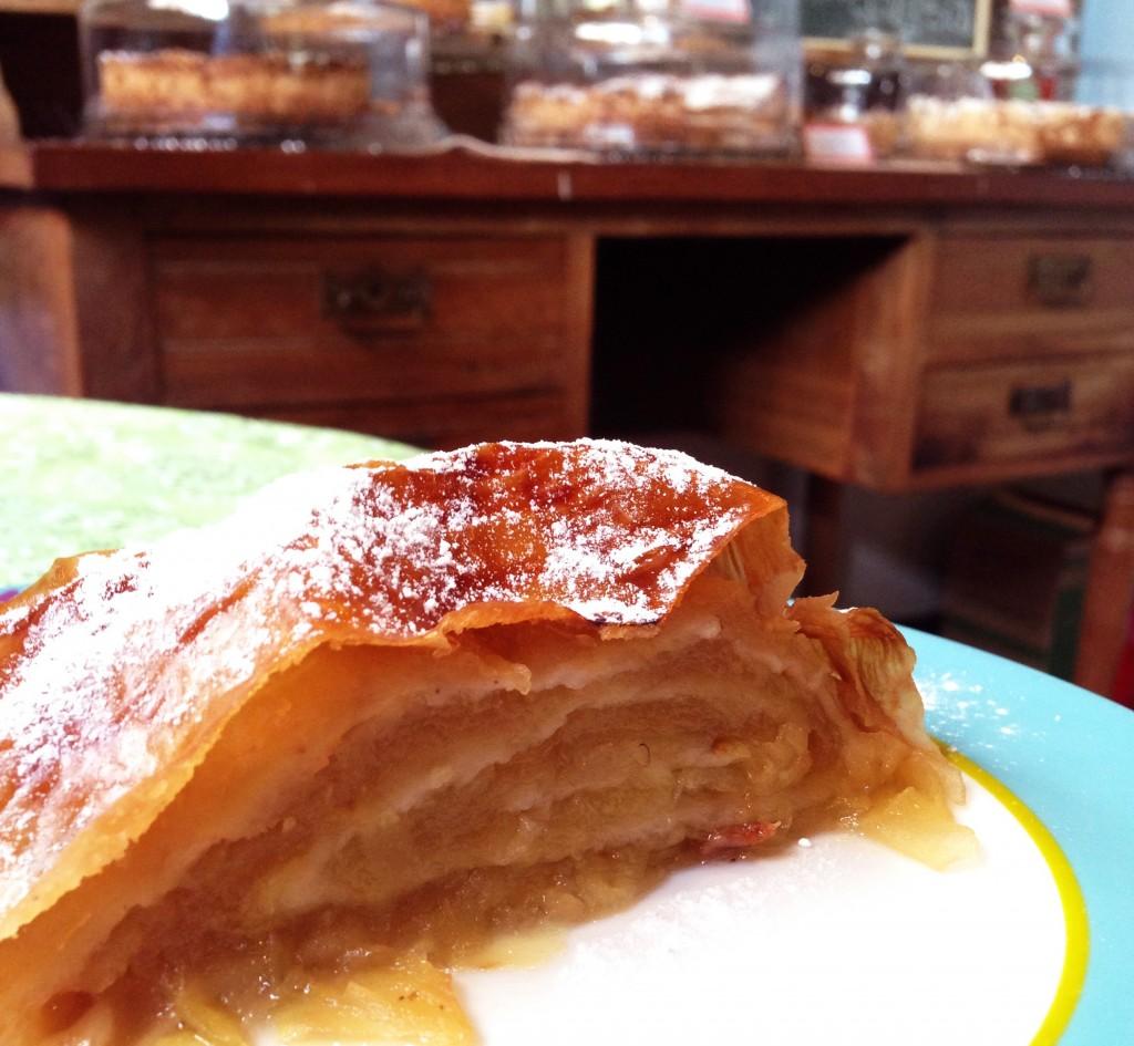 Casa Vittorio foto Cuecas na Cozinha6 1024x945 - Onde Comer em Gramado