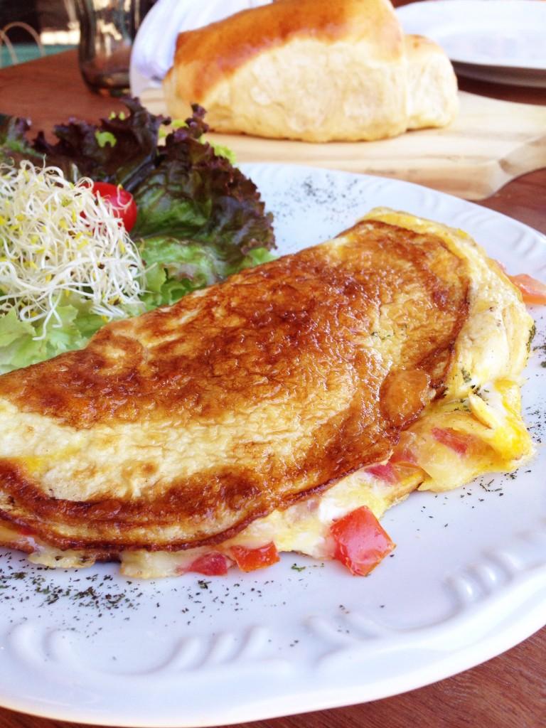Josephina Restaurante Omelete foto Cuecas na Cozinha 768x1024 - Onde Comer em Gramado