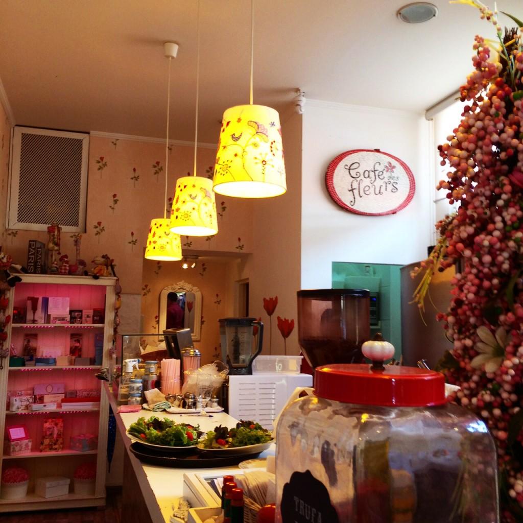 Cafe des Fleurs foto Cuecas na Cozinha1 1024x1024 - Café des Fleurs