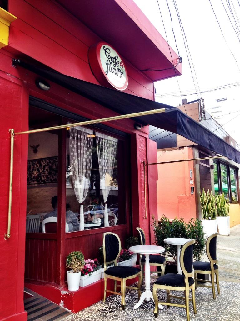 Cafe des Fleurs foto Cuecas na Cozinha2 768x1024 - Café des Fleurs