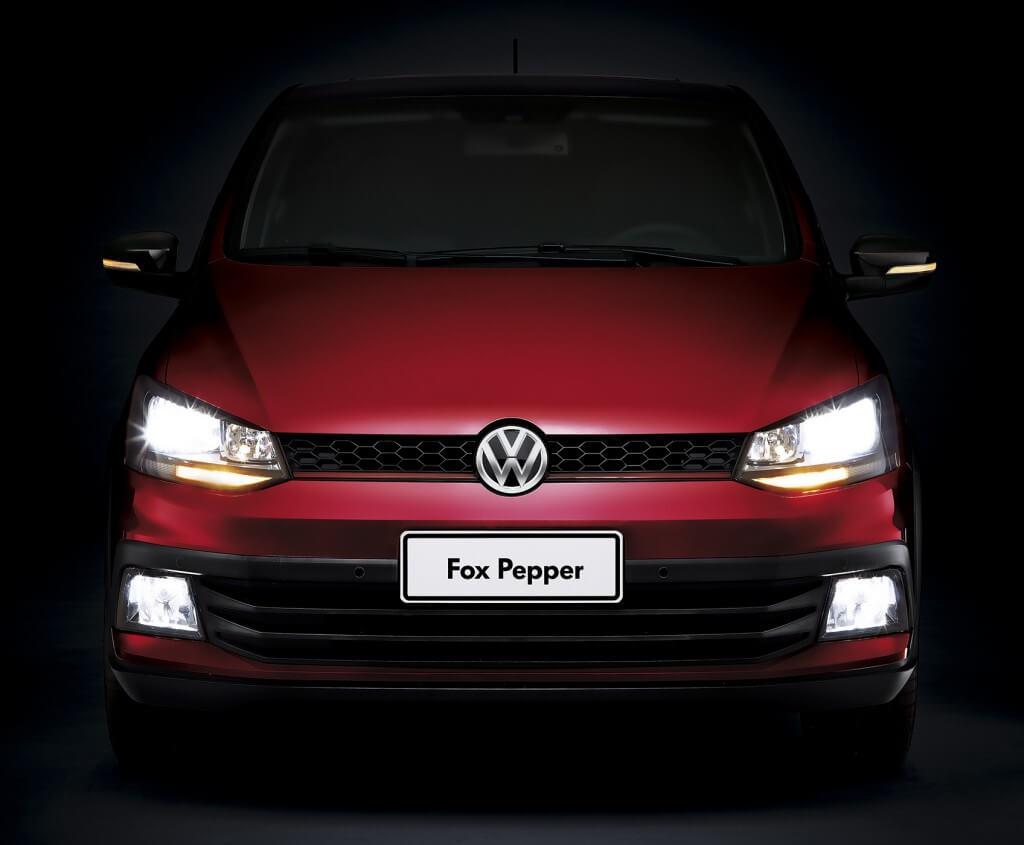 2 VW Novo Fox Pepper Farol Ligado 1024x845 - Fox Pepper - O mais apimentado dos compactos
