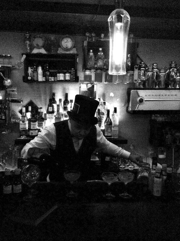 Frigobar Sylas Rocha foto Cuecas na Cozinha2 - Frigobar speakeasy