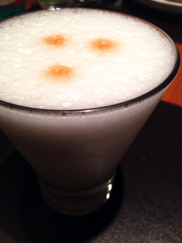 Suri Ceviche Bar_Pisco Sour_foto Cuecas na Cozinha