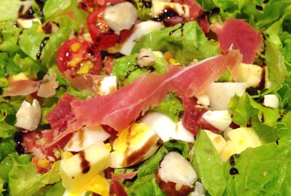 Salada Especial_foto Cuecas na Cozinha_home