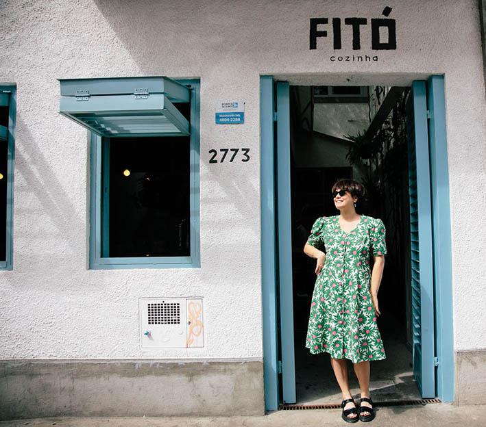 Fitó - fachada do restaurante e chef Cafira Foz
